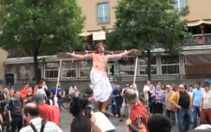 , ¿Por qué motivo crucificaríamos a Cristo hoy? (video fuerte)