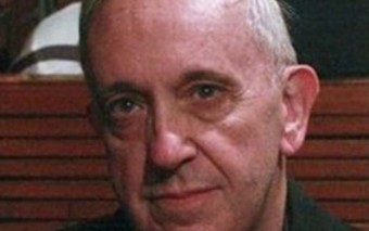 Un vistazo dentro del corazón del Papa Francisco (La anécdota de la Eucaristía y la parada del Bus)