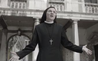 """Sor Cristina sorprende con su videoclip """"Like a Virgin"""""""