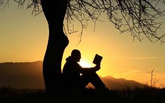 25 lecturas espirituales que no pueden faltar en tu biblioteca
