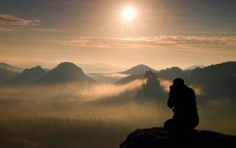 8 batallas contra nuestro pecado en las que no podemos ser vencidos
