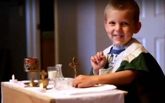 ¿Es posible ir a misa con niños? Un lindo video y 11 consejos para asistir en familia a la Eucaristía