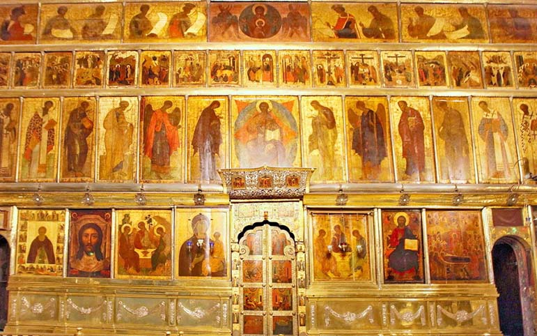 iconostasis-of-the-trinity-cathedral-of-the-trinity-sergius-lavra