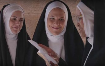 ¿Mejorarías el cristianismo con la fórmula de estas tres monjitas?