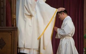 ¿Quién dijo que el celibato sacerdotal fue una invención medieval?
