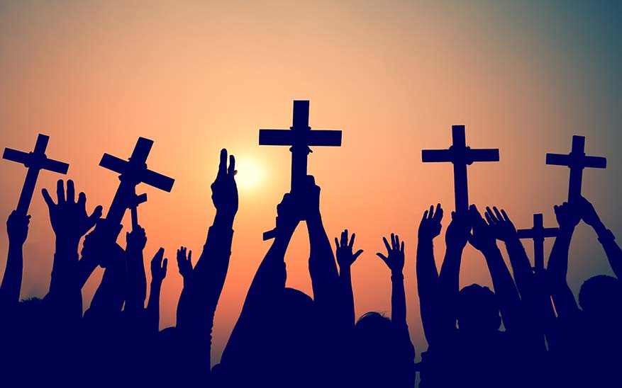 Semana Santa, Toda vida es una Semana Santa, con entradas triunfantes, cruces y Resurrección