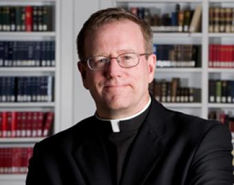 Fr  Robert Barron CNA World Catholic News 8 11 11