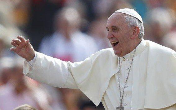 Pope smile2 e1408985655279
