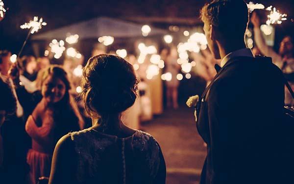 Milagro, Es en el matrimonio donde Jesús quiere realizar sus grandes milagros (comentario al Evangelio)