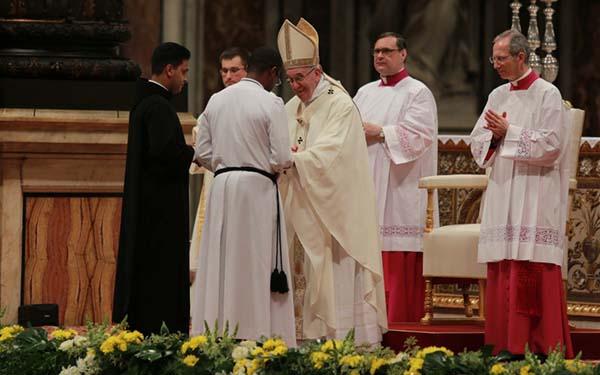 Misioneros, 10 claves sobre los confesores del Papa Francisco y su misión en el Jubileo de la Misericordia