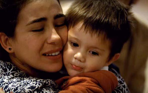 Adopción, Ser madre por adopción. La maternidad que no sabe de biología, pero sí mucho de amor
