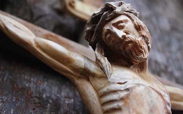 Pregunta, Hoy Jesús te pregunta: ¿Quién soy yo para ti? ¿Qué responderás tú? (comentario al Evangelio)