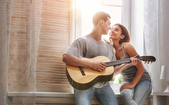 Amor, ¿Cómo podemos encender el fuego del primer amor? 7 consejos imperdibles