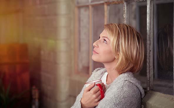 Rezar, 15 poderosas oraciones que puedes rezar en 15 segundos