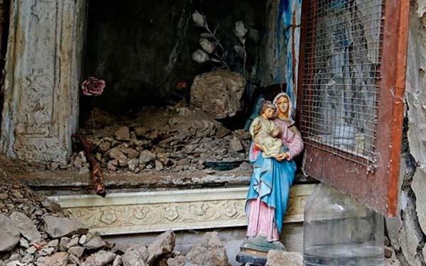 María, 7 momentos en los que María sobrevivió a nuestros terremotos físicos y espirituales