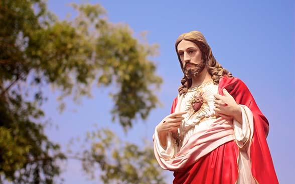 Cristo Rey, ¿Reina Jesús en tu corazón? (comentario al Evangelio)
