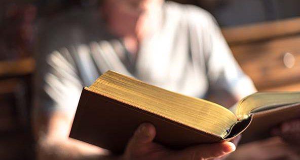 Discernimiento: 9 pasajes de la Biblia que te ayudarán