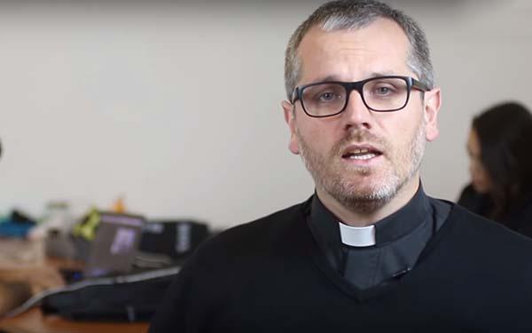 Redes, Los 4 tips básicos para un cristiano en las redes sociales @Padre_Seba
