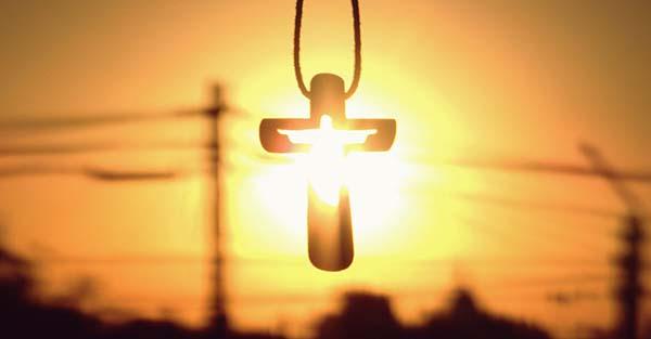 , «Cuando yo sea elevado sobre la tierra atraeré a todos hacia mí» (comentario al Evangelio)
