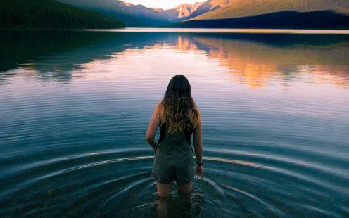 Desconfianza, La sana desconfianza en nosotros mismos nos acerca a la confianza en Dios