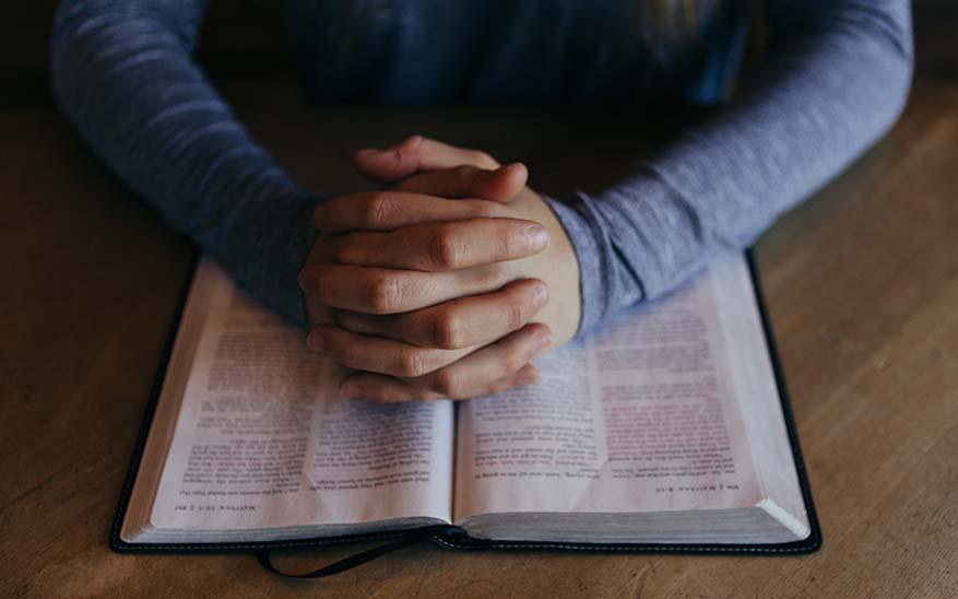 Biblia, Si la Biblia tratase más sobre ti que sobre Jesús… ¿La abrirías?