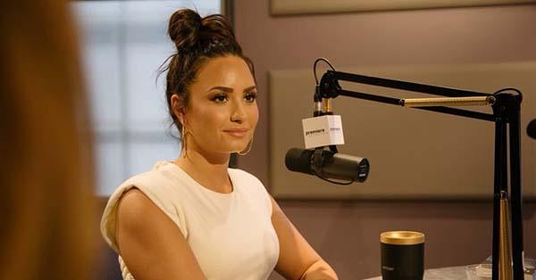 Demi Lovato, «Agradezco a Dios por mantenerme viva». El fuerte testimonio de Demi Lovato