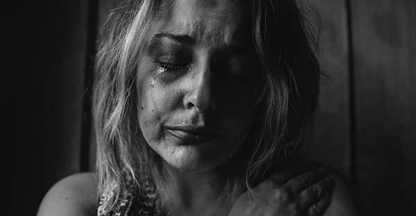 Post aborto, «Dicen que no va a doler pero duele toda la vida». La verdadera cara del síndrome post aborto