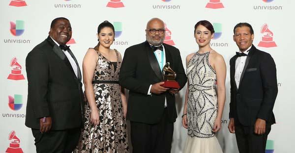 Alfareros, «70 Veces 7». El álbum que llevó al grupo Alfareros a ganar el Gramy Latino