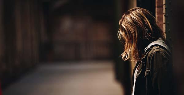 suicida, 15 señales que te permitirán descubrir si alguien tiene tendencias suicidas