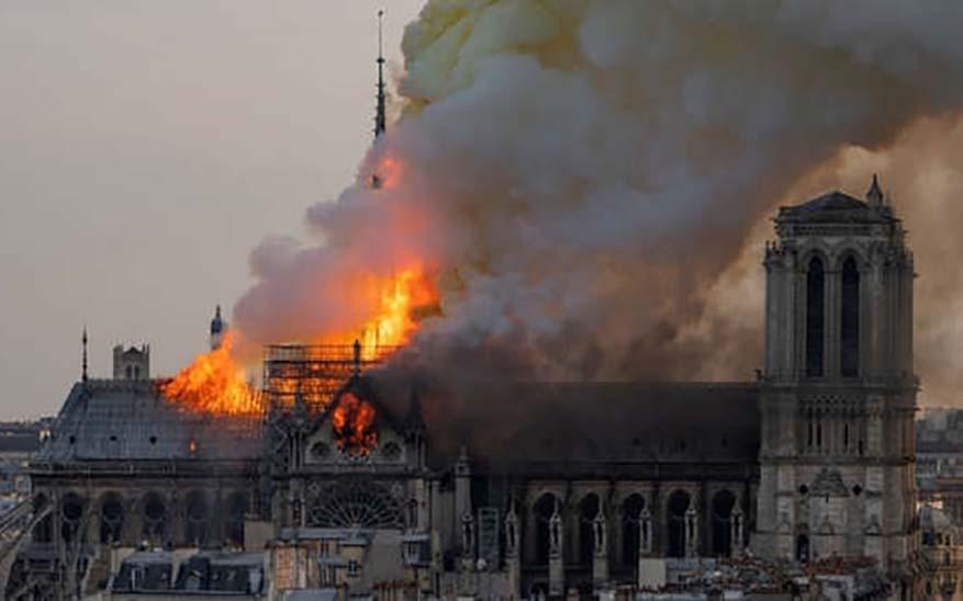 Catedral de Notre Dame, 4 asombrosas lecciones de fe que nos deja el incendio de la Catedral de Notre Dame