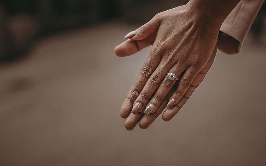 soltería, Tengo 31 años y aunque me esfuerzo no consigo pareja, ¿existe la vocación a la soltería?