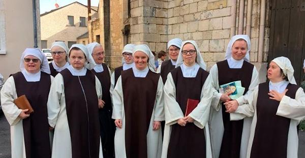 síndrome de down, Dios tiene un lugar especial para todos y estas monjitas con síndrome de Down lo confirman