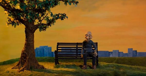 vejez, «Debajo del árbol». Un cortometraje sobre el miedo a envejecer y quedarnos solos