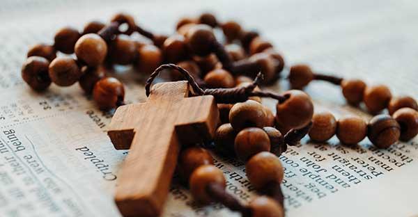 Rosario, Serie plan de vida espiritual: el rezo del Santo Rosario como muestra de amor a María