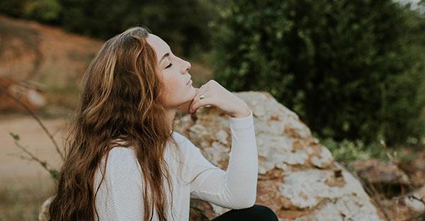 descansar, Descansar no significa quedarse todo el día en el sofá. 5 consejos para recargar el alma
