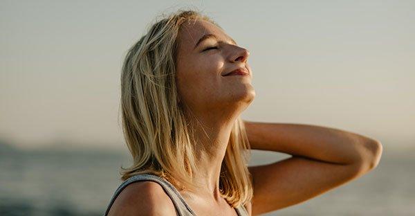 ¿Cómo alcanzar felicidad y paz interior? 2 claves efectivas