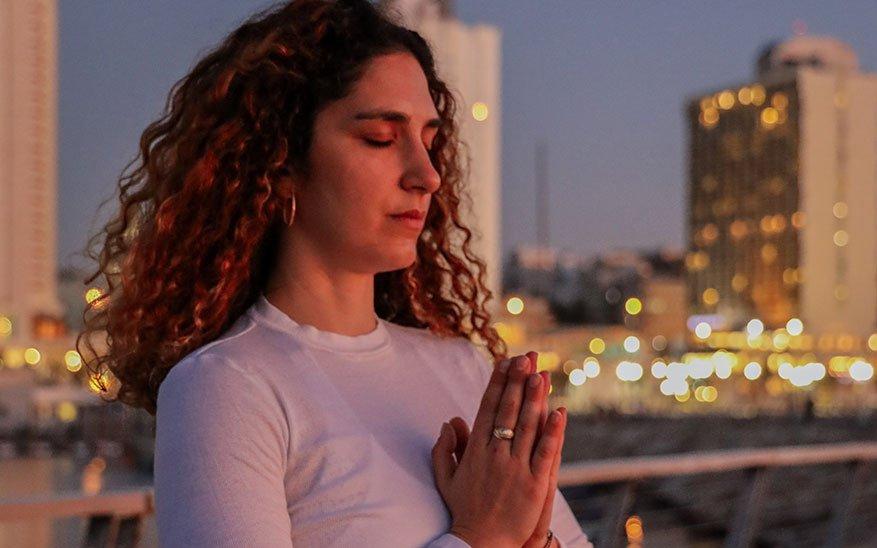 yoga, ¿Por qué el yoga y el cristianismo no son compatibles? Un sacerdote responde