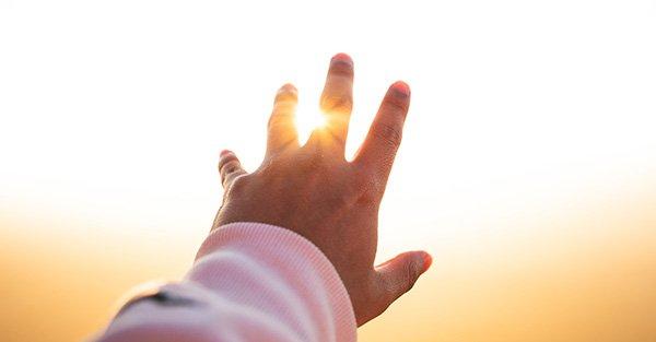 ¿Cómo fortalecer y aumentar la fe en Dios? 9 consejos