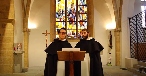 Seminaristas enseñan canto gregoriano: aprende aquí