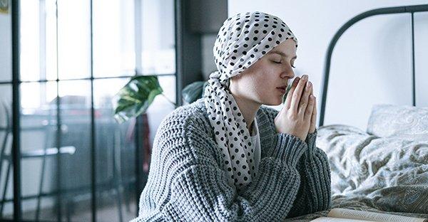 Cáncer: guía para enfrentar diagnóstico desde la fe