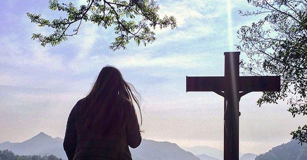 ¿Qué es la conversión? 3 momentos en que Dios llama