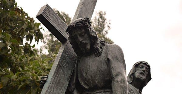 Vía Crucis: reflexión de cada estación (tercera parte)